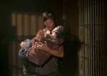 Daryl-carrying-Carol2