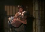 Daryl-carrying-Carol2
